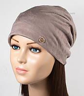Женская теплая шапочка из искусственной замши светло-коричневая