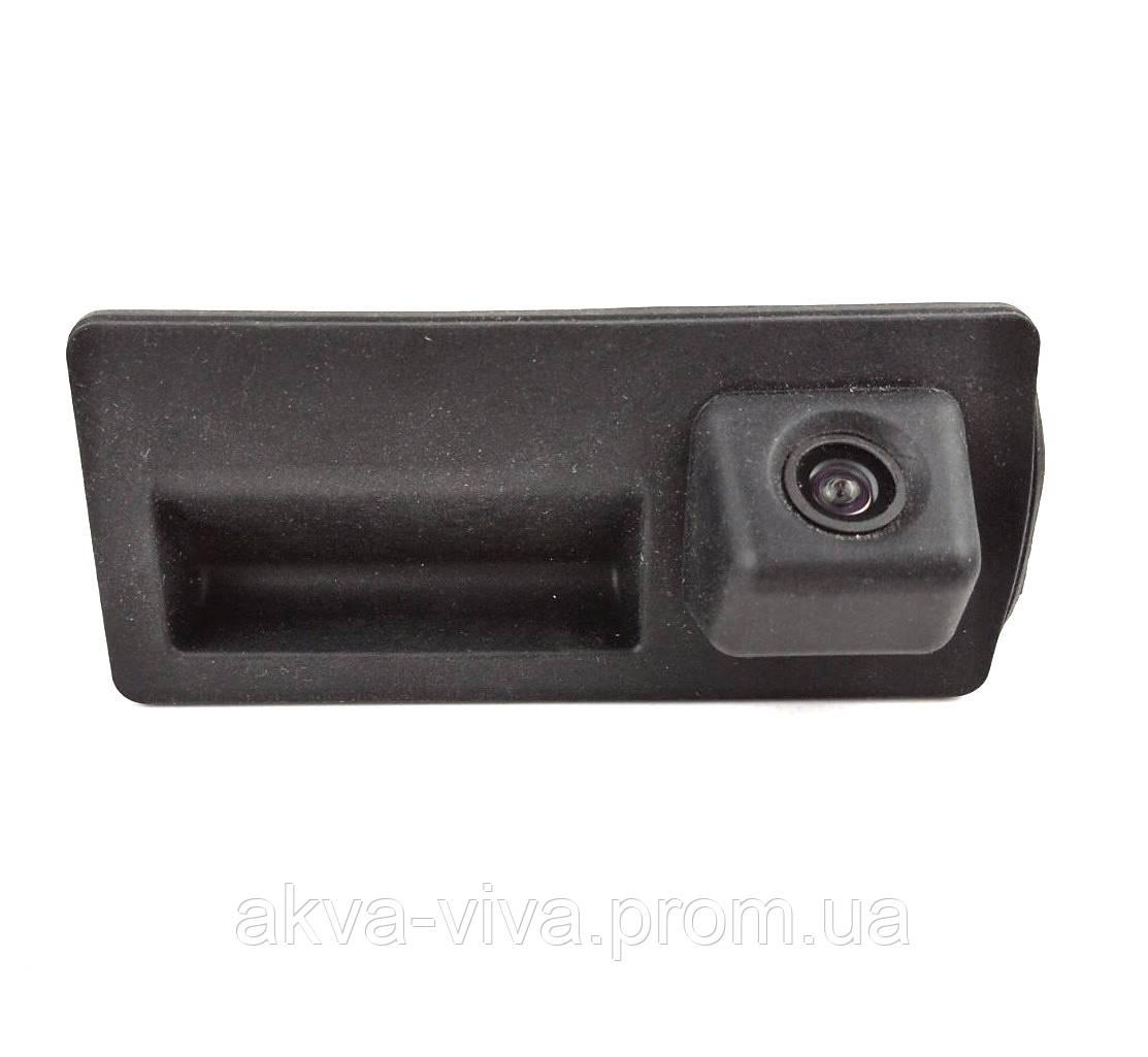 Камера заднего вида штатная в ручку багажника для Audi A6, A4 (КЗШ-1105-00)