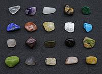 Набор натуральных обработанных камней, самоцветы, минералы, коллекция натуральных камней 20 шт, 1,2*1 см