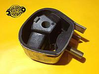 Подушка коробки передач/двигателя? Opel kadett 9270046 GM