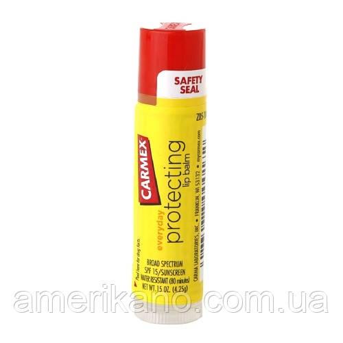 Бальзам для губ Кармекс Carmex Moisturizing Lip Balm Stick SPF 15 класичний