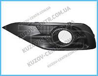 Решетка бампера правая Honda CR-V (12-15) USA черная, с отв. (FPS) 71103T0A003