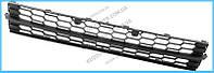 Решетка в бампере средняя Skoda Octavia A7 13- (FPS) 5E0853677