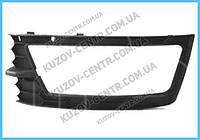 Решетка бампера Skoda Rapid 12- нижняя правая, под противотуманку (FPS) 5JA807682