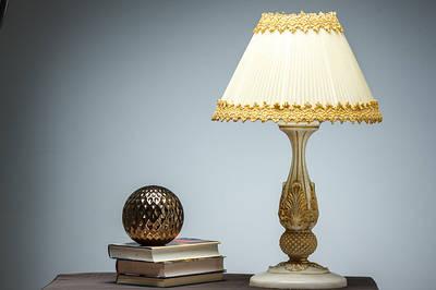 Светильники, лампы, торшеры