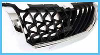 Решетка радиатора Mitsubishi Pajero Sport 00-04 черная с хром рантом (FPS) MR478595