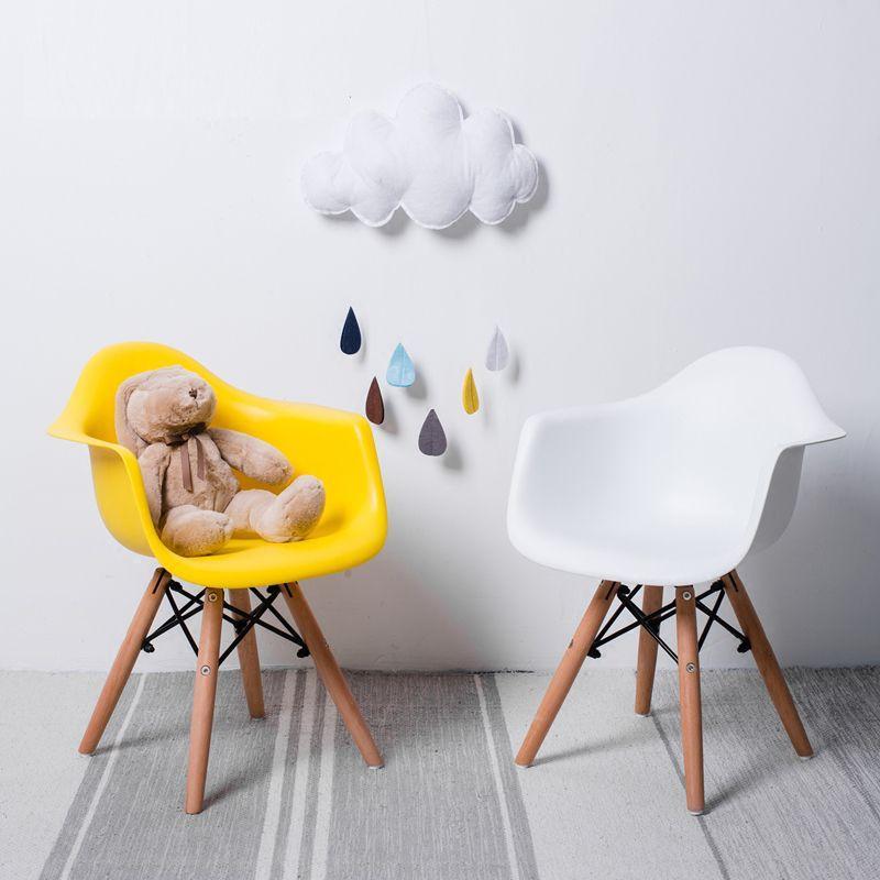 Крісло пластикове червоне дитяче на букових ніжках KIDS LEON
