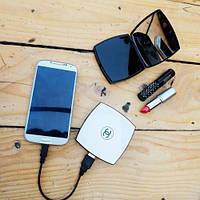 Универсальное зарядное устройство пудреница Power Bank Chanel 10400 mAh (белый)