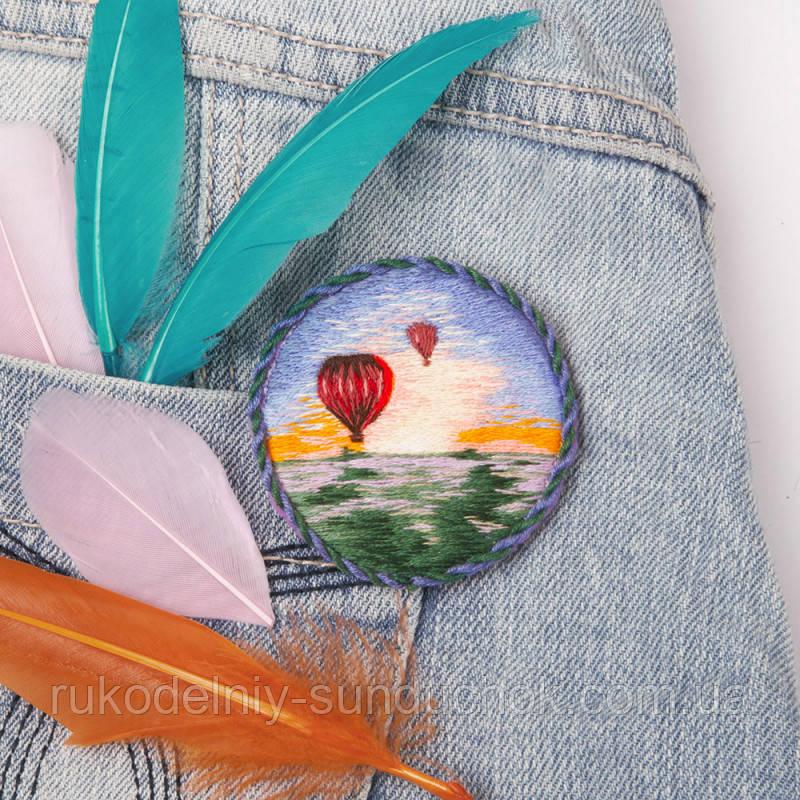 Набор для вышивки крестом Panna Брошь. Воздушные шары ЖК-2185