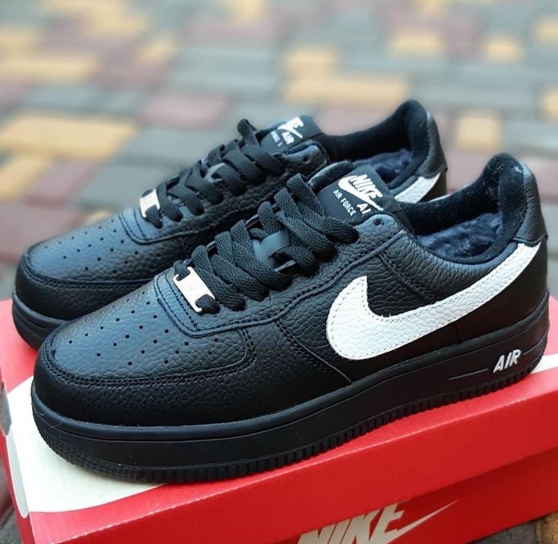 Женские зимние кроссовки Nike Air Force 1 AF1 Low низкие черные с мехом теплые 36-40рр. Живое фото. Реплика