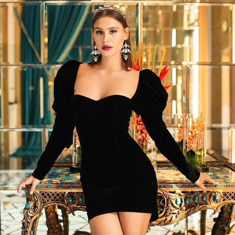 Облегающее платье с глубоким вырезом декольте и воланами на плечах (р. 42-44) 83ty1626