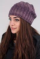 Женская шапка на зиму лилового цвета
