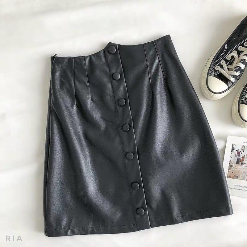 Женская кожаная юбка выше колена с поясом и кошельком (р. 42-44) 83jus437