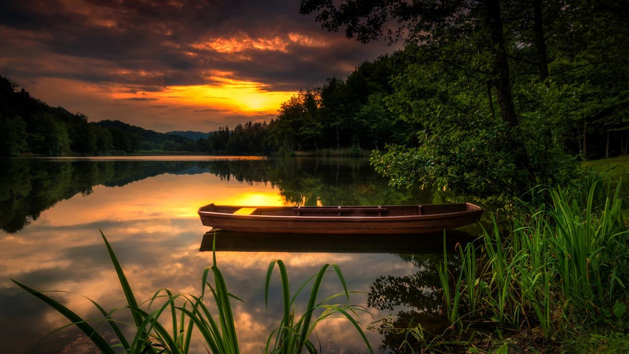 Картина по номерам на дереве 40*50см. 8266RSBD Закат на озере в подарочной коробке