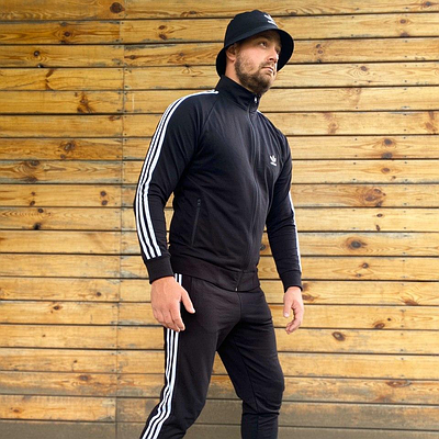 Спортивная кофта мужская олимпийка Adidas сезон весна/осень черного цвета в стиле Адидас