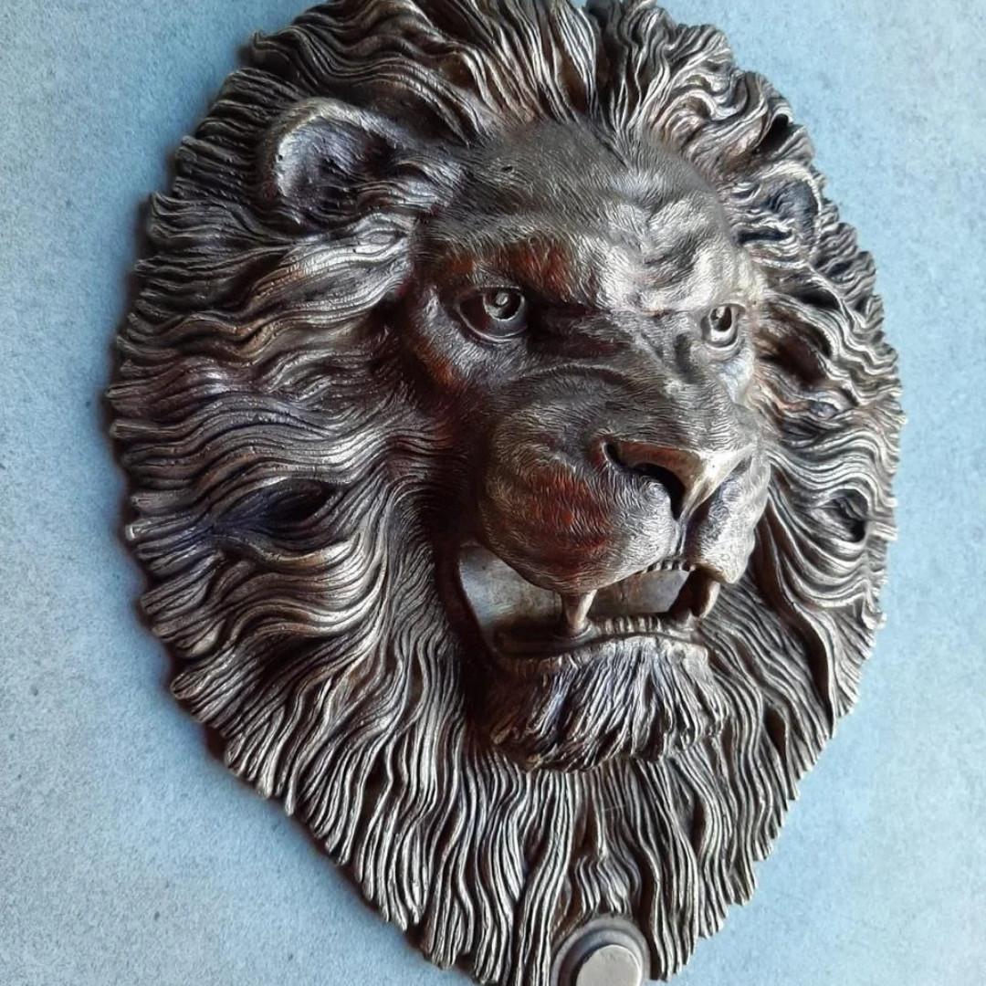 Дверний молоток Лев
