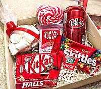 Красный Бокс - подарочный набор оригинально собранных сладостей для Вашей девушки жены сестры подруг
