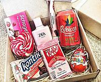 Бокс для любимой #3 - подарочный набор со сладостями и духами Zara