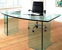 Офисный стол из стекла