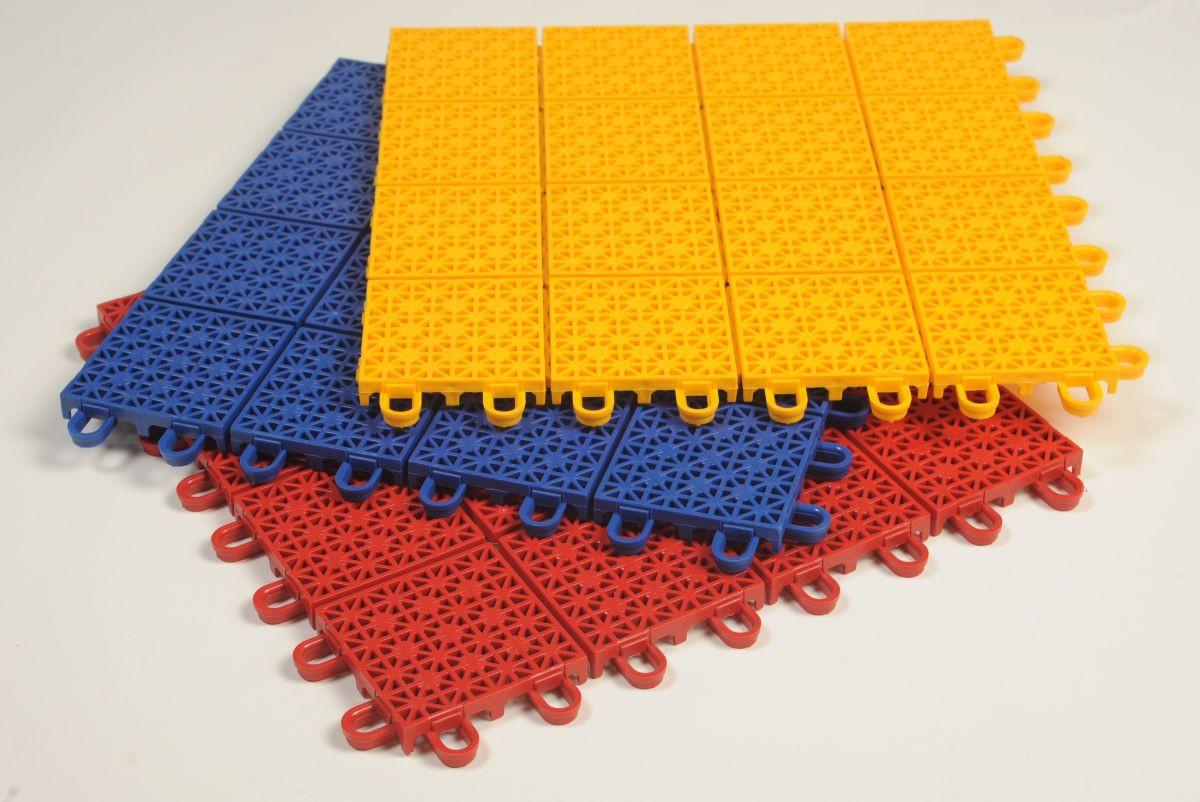 Спортивное модульное пластиковое покрытие