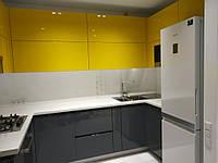 Угловая встроенная кухня 1