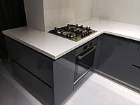 Угловая встроенная кухня 3