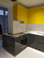 Угловая встроенная кухня 10
