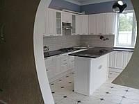 Встроенная угловая кухня + кухонный остров 2