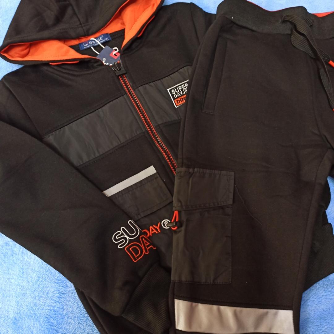 Нарядный теплый спортивный костюм для мальчика. Костюм модный и теплый. со светоотражающими лентами.