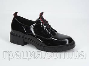 Лакові туфлі жіночі модні зі шнурівкою