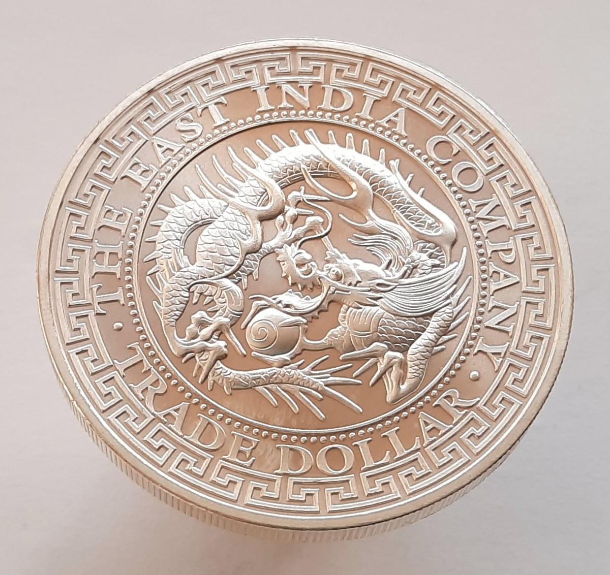 Остров Святой Елены 1 фунт 2020 - Японский торговый доллар (Тройская унция серебра 999 проба.)