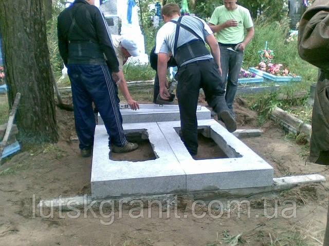 Фундаменти до пам'ятників, м. Луцьк