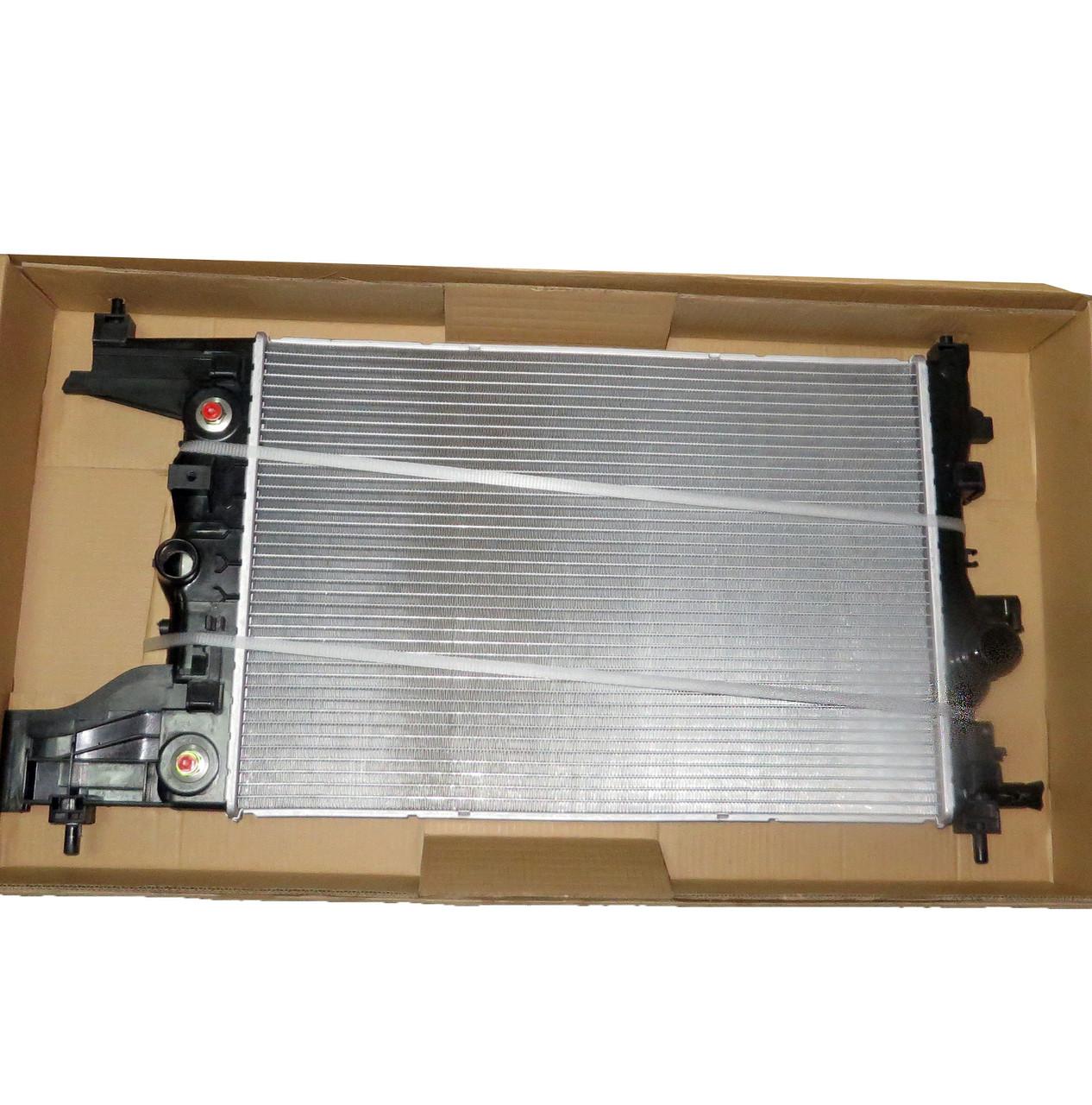 Радиатор основной Круз АКПП, YMLZX, YML-BR-403, 13267652, 13267657-