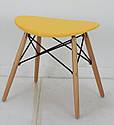 Табурет с пластиковым цельнолитым сиденьем и деревянными ножками желтый Kris, фото 2