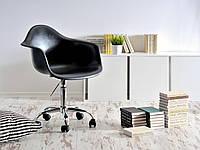 Черное кресло офисное, стул пластиковый на колесиках с хромированным основанием Leon Office