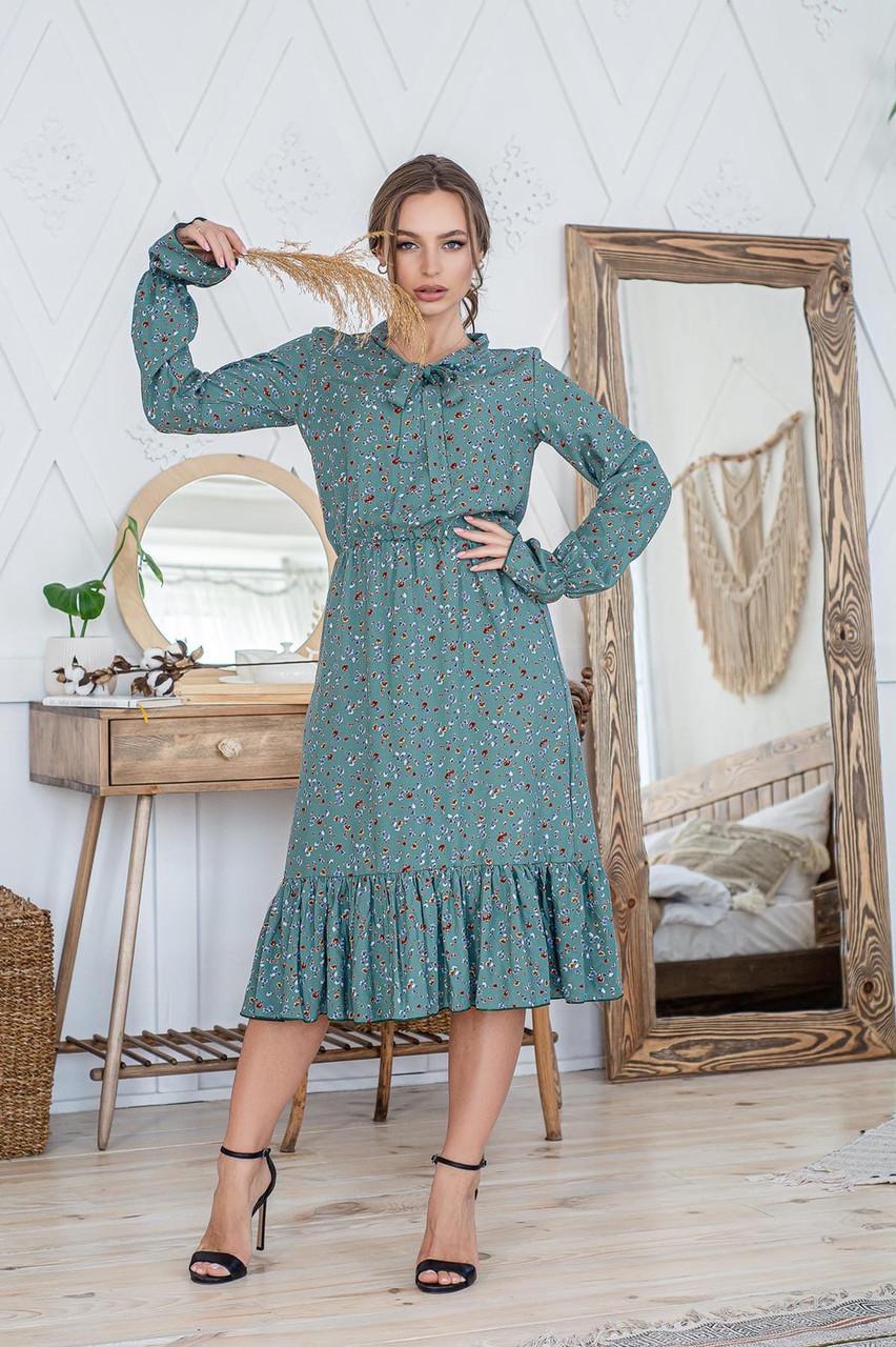 Легкое летнее штапельное платье миди, (40-46рр), декорировано рюшами, коричневые цв. на оливке