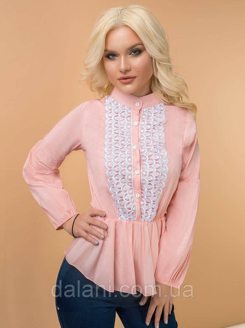 Женская розовая блуза с гипюром
