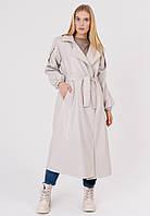 Стильное и модное женское тренч - пальто кожаное с классическим английским воротником светло - бежевое