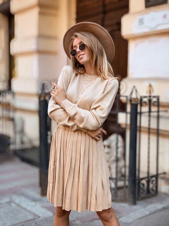 Костюм вязаный кофта и свободная юбка плиссе шерсть
