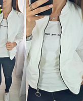 Короткая курточка женская прямого кроя на молнии, фото 1