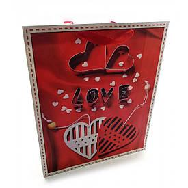 """Пакет подарунковий картонний """"Love"""" (18х23х8 см)"""