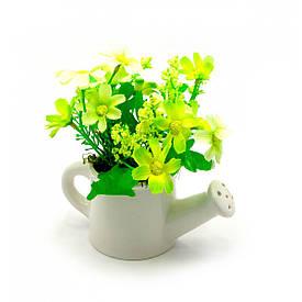 Квіти у лійці (14х13,5х7,5 см)