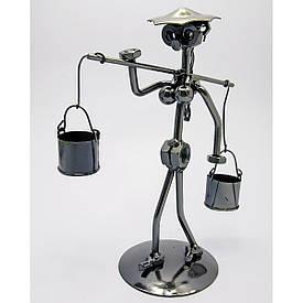 """Техно-арт """"Дівчина з коромислом"""" метал (20,5х12,5х8,5 см)"""