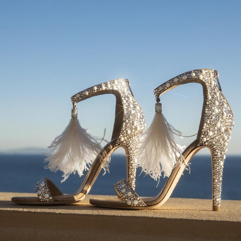 Банкетные туфли невесты со стразами и перьями, летние сандалии жемчугом, туфли на высоком каблуке с жемчугом