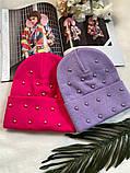 Жіноча акрилова однотонна шапка з бусинками в кольорах, фото 4
