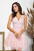 Короткое нарядное платье с пышной юбкой