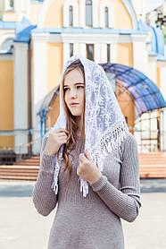 Женский платок косынка на голову для церкви кружевной с бахромой Виола белого цвета