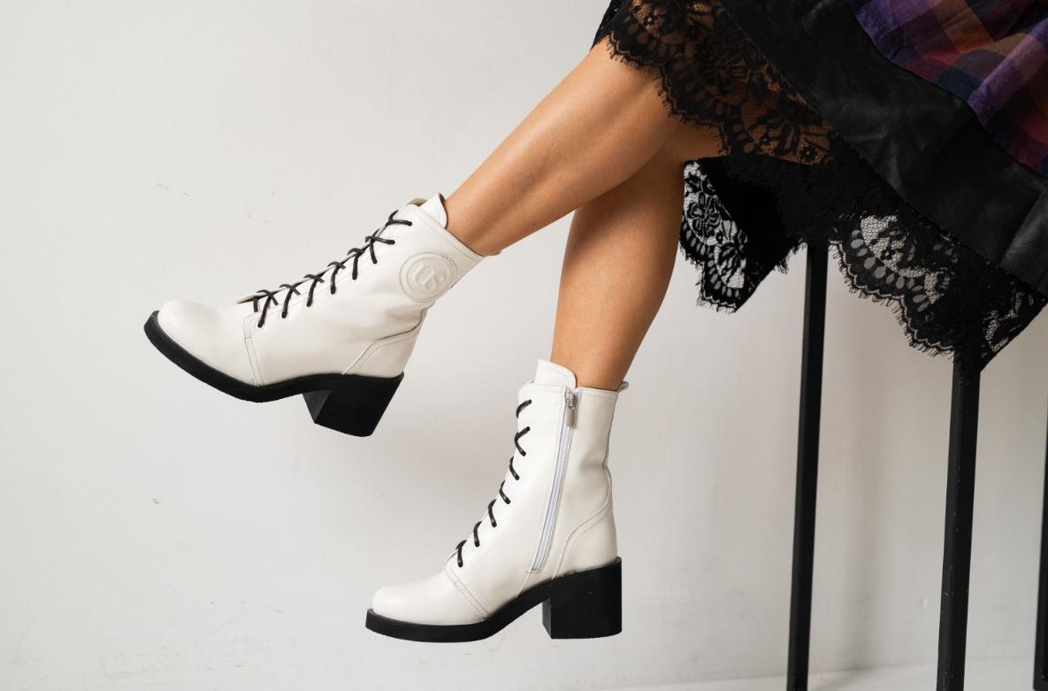 Женские ботинки кожаные весна/осень белые U Spirit
