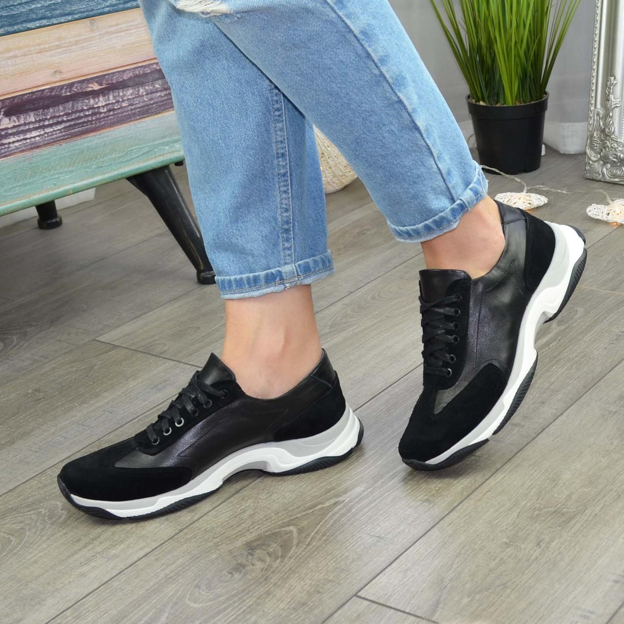 Кроссовки женские на шнурках, из натуральной замши и кожи черного цвета