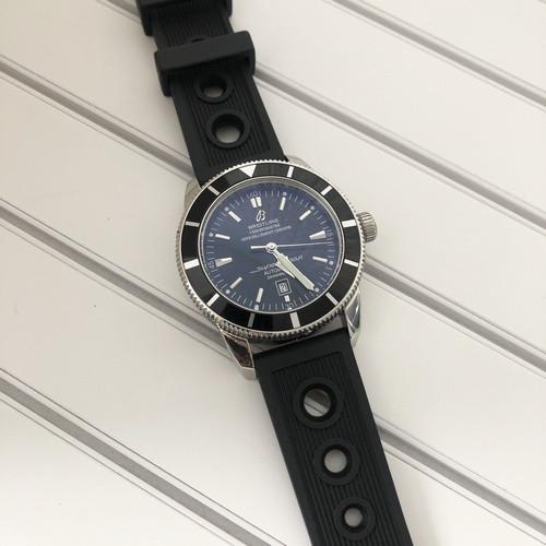 Breitling  A23870 Black-Silver